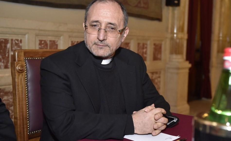 "Intervista a Padre Bernardo Cervellera: ""Cina: la Croce è rossa"" - GEOPOLITICA.info"